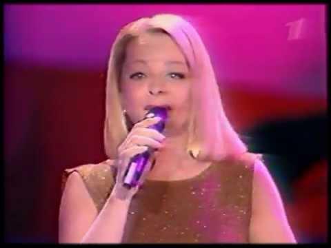 Лариса Долина - Погода в доме-2(2002,8 марта).mpg