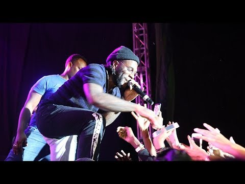 Burna Boy Goes Crazy As He Shuts Down Manchester With Incredible Performance | African Giant Tour