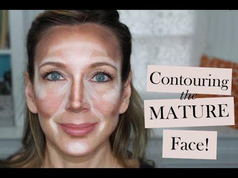 Mainit-init facials at pundamental na mga langis