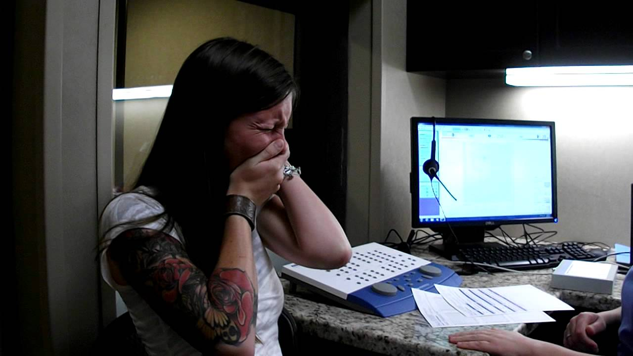 A 29-Year-Old Woman Hears Herself For The First Time Thanks To Hearing Implants