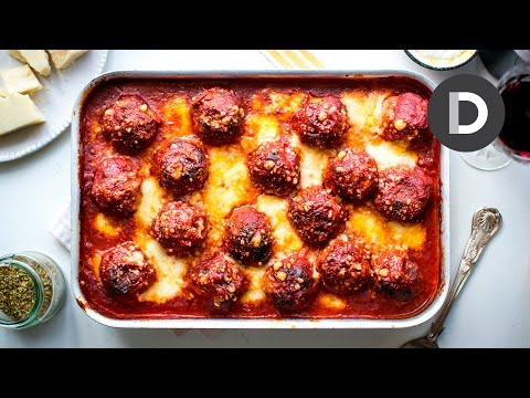 The BEST Baked Meatballs!