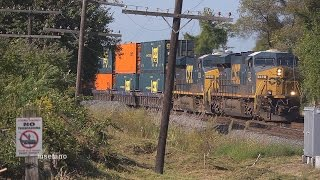 preview picture of video '(13) CSX Stack Train @ Westfield  Sept. 19 2014'