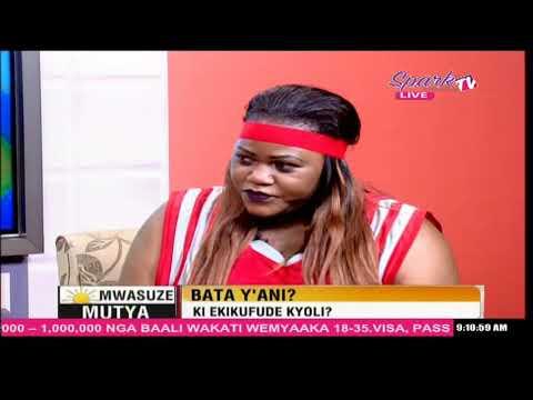 MWASUZE MUTYA: Mary Bata y'ani?