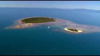 Wavedancer - Sailing to a Great Barrier Reef Island - Low Isles