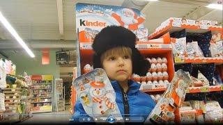 Some Shopping for Kinder Christmas Santa Surprise Eggs