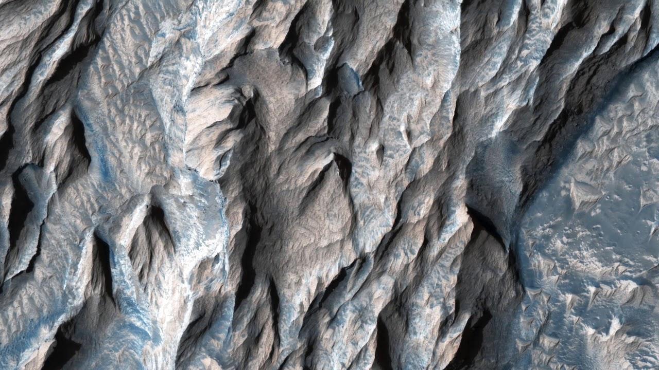 Фотографии поверхности Марса с высоты 270 км