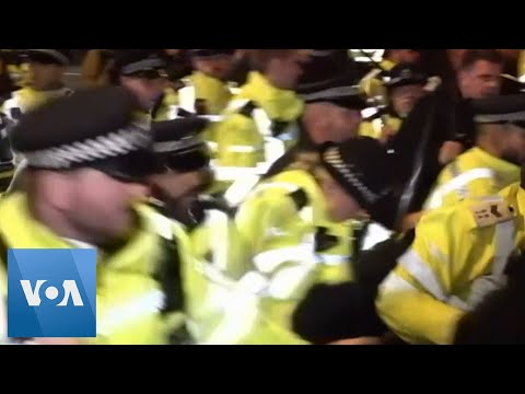 London Police Use Batons, Arrest Protesters
