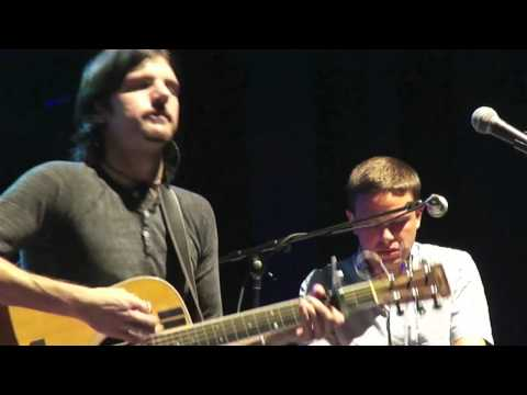 """The Avett Brothers- """"The Man in Me"""" (Bob Dylan Cover) Columbus, OH"""