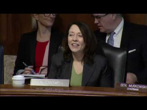 Cantwell%20Questions%20Witnesses%20at%20Energy%20Committee%20Hearing%20to%20Examine%20Blackstart