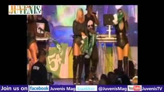 AMERICAN STAR,ASHANTI  TWERKING TO TIMAYA'S BUM BUM SONG ON STAGE