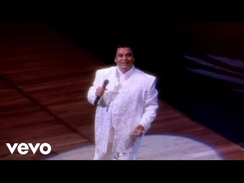 Queriendo y No (En Vivo) - Juan Gabriel (Video)