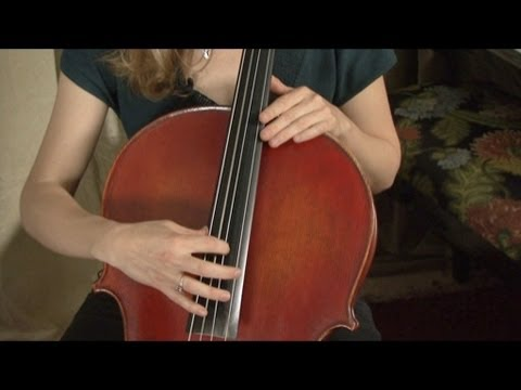 Playing Pizzicato on the Cello