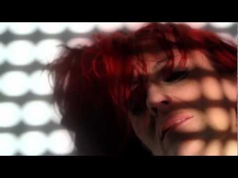 Dolores Black big bang clip official