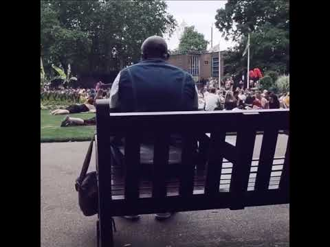 Singing Bon Jovi with the whole park!