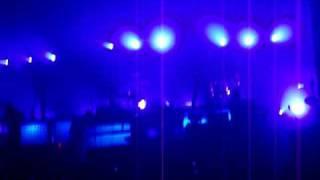 Angels & Airwaves - The Moon-Atomic (live)
