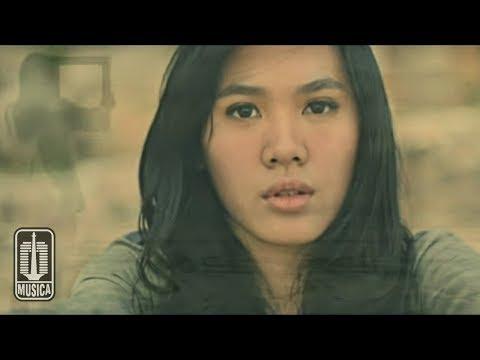 Sheryl Sheinafia - Rasa Sunyi (Official Video)