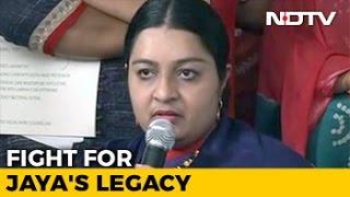 Niece Deepa Jayakumar Will Contest Election From Jayalalithaa
