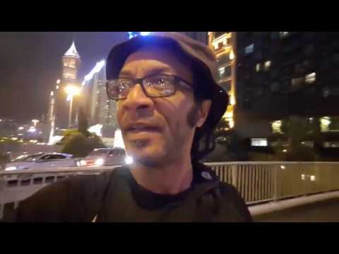 Vlog: shooting blue hour in Hong Kong