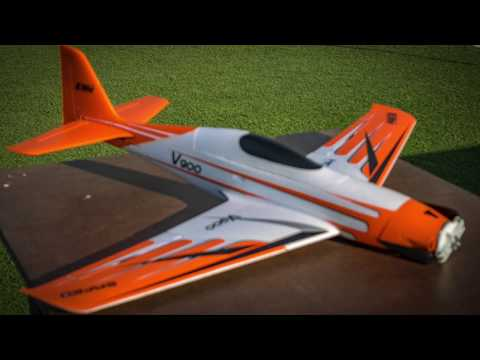 race-eflite-v900-vs-freewing-avanti-s