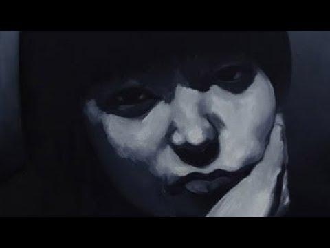 手描きの油彩画で写真からモノクロ絵を描きます デジタルでは表現できない手描きによる迫力を堪能してください イメージ1