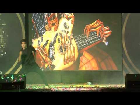 L&T Estrellas 2015 performed by Roshan on fusion har kisi ko..