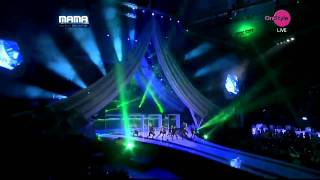 2NE1  Lonely &  I Am The Best MAMA 2011 トゥエニウォン  SINGAPORE