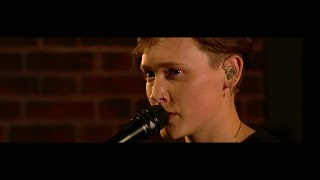 'Everybody Loves You' - SOAK   The Late Late Show   RTÉ One