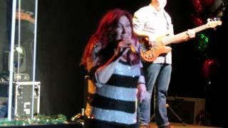 Jo Dee Messina - Sleigh Ride - Casino Miami Jai-Alai