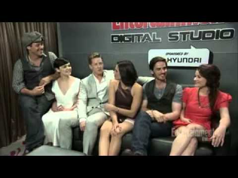 Once Upon A Time - Comic-Con 2013 - Cast Interview with EW