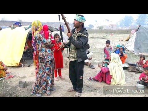 INDIAN STREET SINGER ...AMAZING VOICE..PEOPLE OF RAJASTHAN