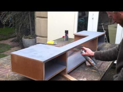 כיצד לבנות שולחן לאולפן