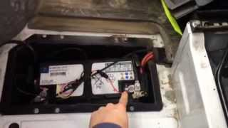 Explanation on how to install an ABAX4-unit on a Mercedes Sprinter.