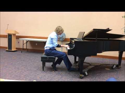 Student Plays I Giorni by Einaudi