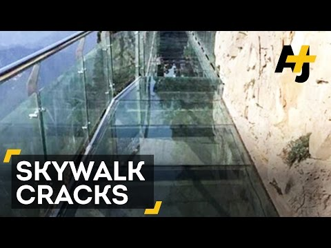 Tourists Scream As Glass Skywalk In China Cracks