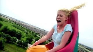 BLONDE GIRL HILARIOUS ROLLER COASTER REACTION!!