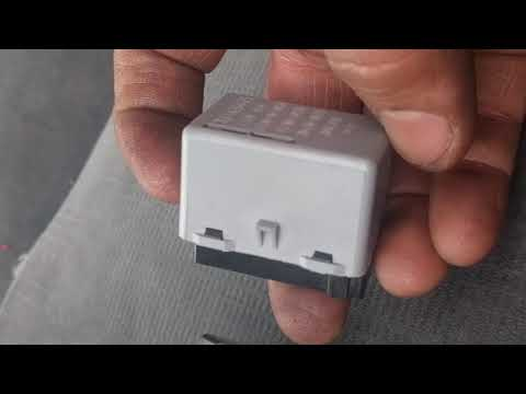 How to change 2002-2007 Honda Accord Turn Signal/Flasher/Blinker Relay Replacement