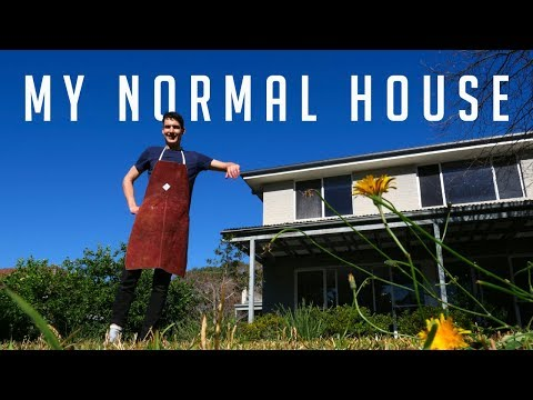 Aussie guy gives a tour of his normal house