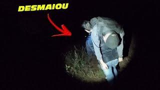 Tentamos passar uma noite na pior lenda do canal, porém deu muito ruim ! Dessa vez levamos um convidado pro caçador, e ele chegou até a desmaiar !   ●Instagram: https://www.instagram.com/renatogarciayt ●Facebook: https://www.facebook.com/renatogarciayoutube  ME ENVIE PRESENTES !  Caixa Postal: 8748 CEP: 86020980 LONDRINA - PR   MEU SEGUNDO CANAL: https://www.youtube.com/channel/UClUN2J5hwEsE6_sKW3SPlMg  ●Contato para parcerias e eventos: renatogarcia.comercial@gmail.com  Moto : YAMAHA XJ6 N  Moto 2: YAMAHA XT 660 R Carro: CHEVROLET CAMARO   LONDRINA - PARANA BRASIL