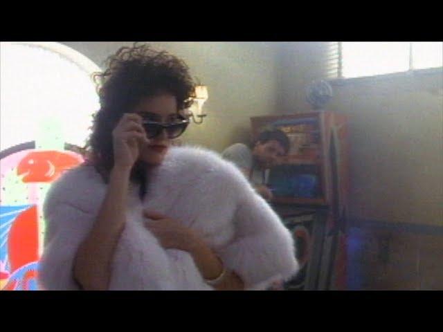 She Ain't Pretty 1990-02-11