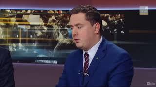 """Różnica pomiędzy prawdziwym państwem dobrobytu a """"państwem dobrobytu Morawieckiego"""" jest taka, jak pomiędzy krzesłem a krzesłem elektrycznym 🙃"""