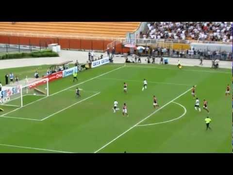 Primeiro gol de Pato vista direto da arquibancada