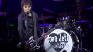 Joan Jett Live 2016 =] Fake Friends [= Woodlands, Tx - Aug 19