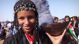 Aziza Brahim – Calles de Dajla