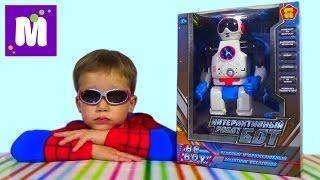 Робот Бот распаковка играем даем команды игрушке