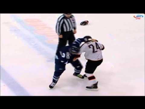 Brett Hextall vs. Travis Ramsey