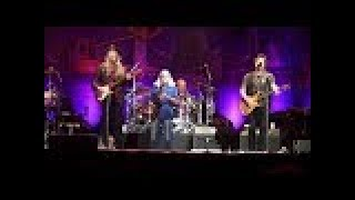 Doobie Brothers Live! /  Living Dangerously Tour / LA Forum / May 30, 2018