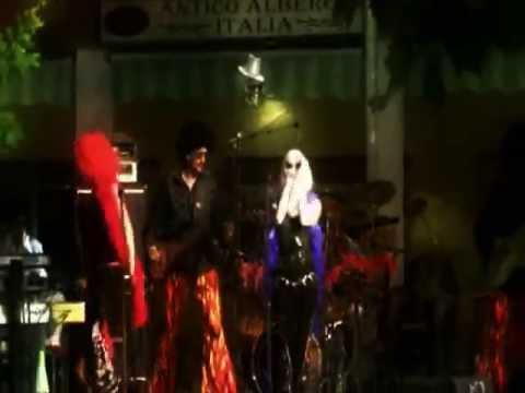 MUSIC MACHINE live @ Notte Bianca Sannazzaro d.B. 2011 demo clip.wmv