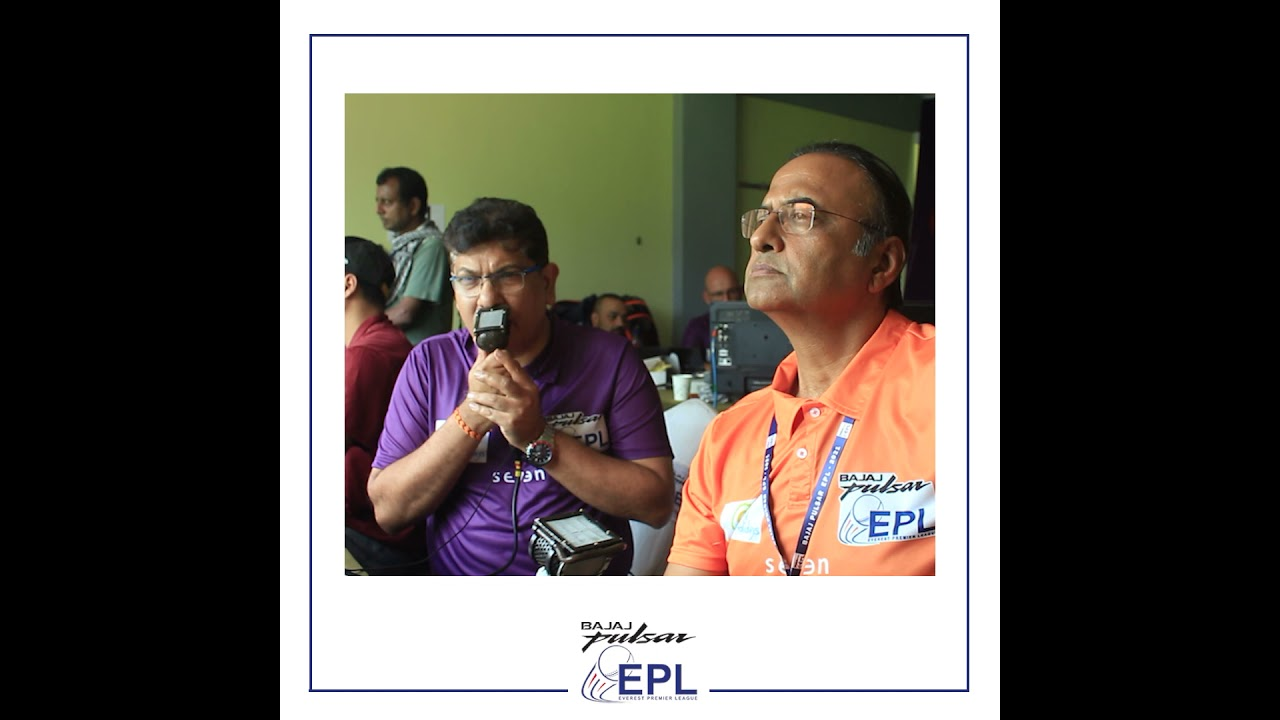Commentators #CharuSharma and #AjayMehra in action