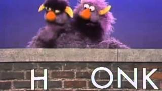 Classic Sesame Street - Two-Headed Monster - Honk