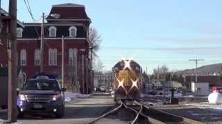 preview picture of video 'New England Central Railroad Northbound Arriving at St. Albans, Vermont March 26th 2013'